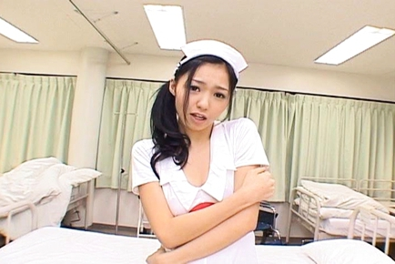 Aino Kishi Asian nurse spreads her legs