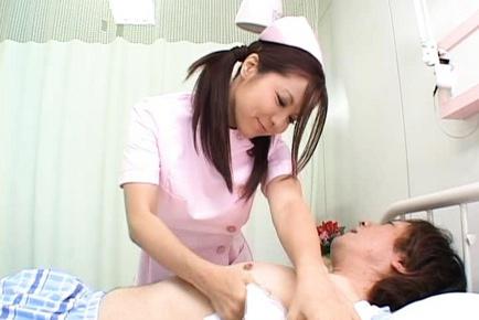 Manaka Kazuki Asian nurse gives hot blowjob