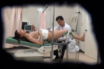 Dazzling Japanese AV model hot babe banged by her naughty doctor